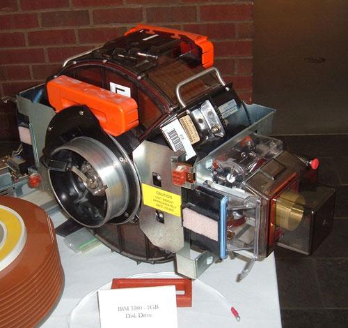 IBM 3380 Hard Disk