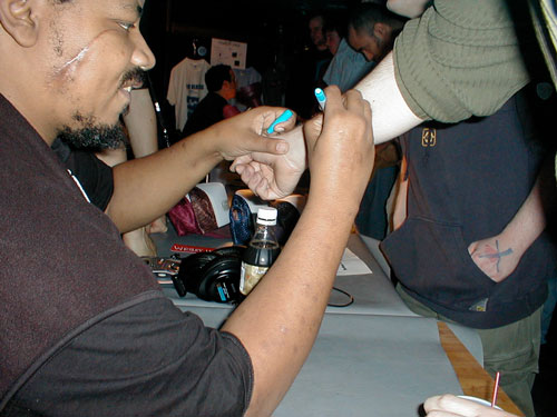 Wesley Willis arm signing